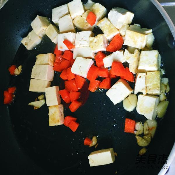 烤牛肉糜茄子怎么吃