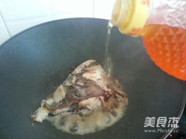 红烧鸦片鱼头的简单做法
