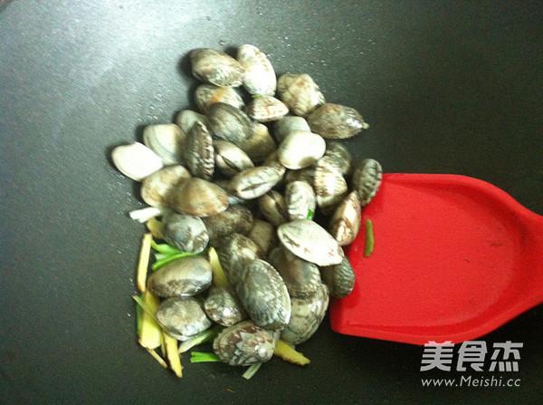 爆炒花蛤蜊的做法图解