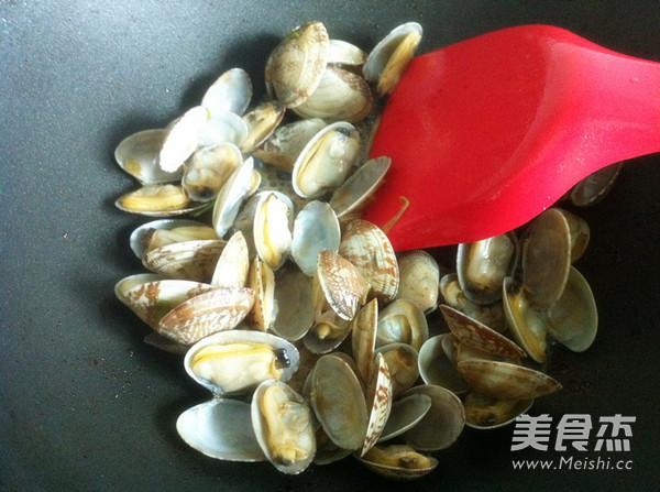 爆炒花蛤蜊的简单做法