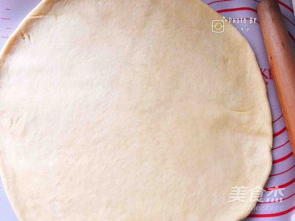 西班牙香肠披萨(快手版)怎么做