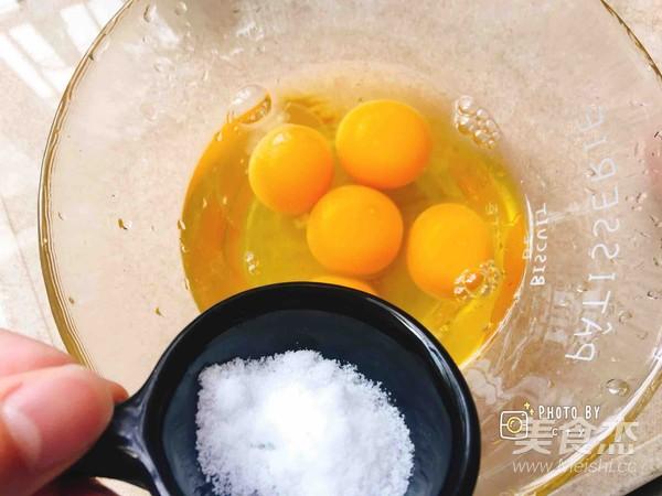 小盆友爱吃的银鱼炒蛋怎么炒