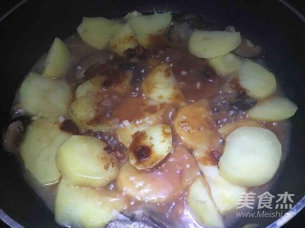 红腐乳焖土豆怎么煸