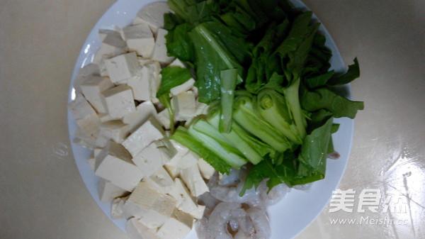 小白菜虾仁豆腐汤的做法图解