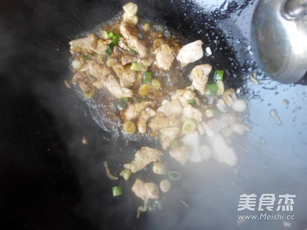 菜花炒肉片的简单做法
