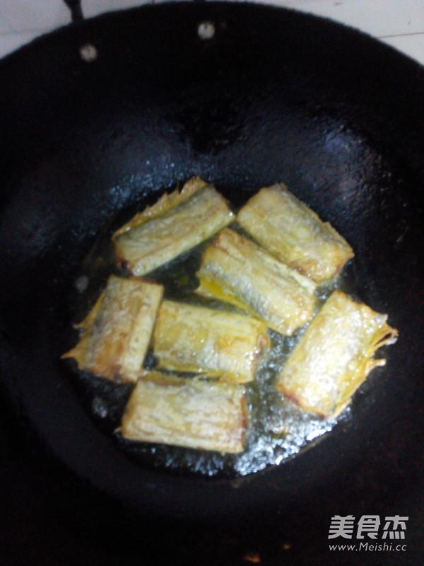 红烧带鱼的家常做法
