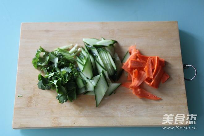 白玉菇拌黄瓜的做法图解