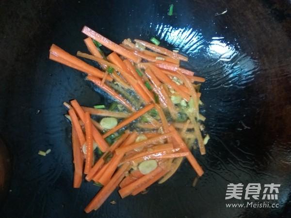 素炒海鲜菇的简单做法