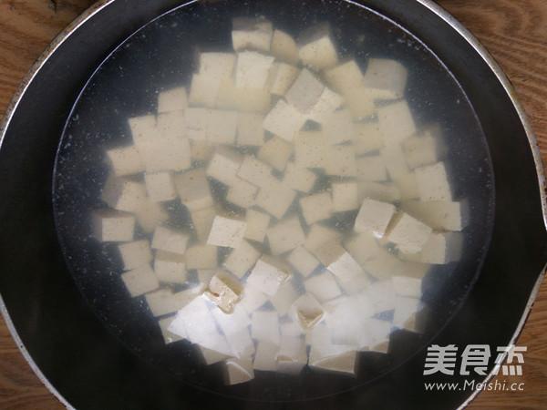 海带炖豆腐的简单做法