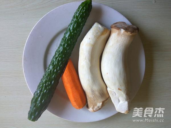 杏鲍菇炒黄瓜片的做法大全