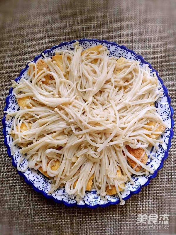 蒜蓉豆腐蒸金针菇怎么炒