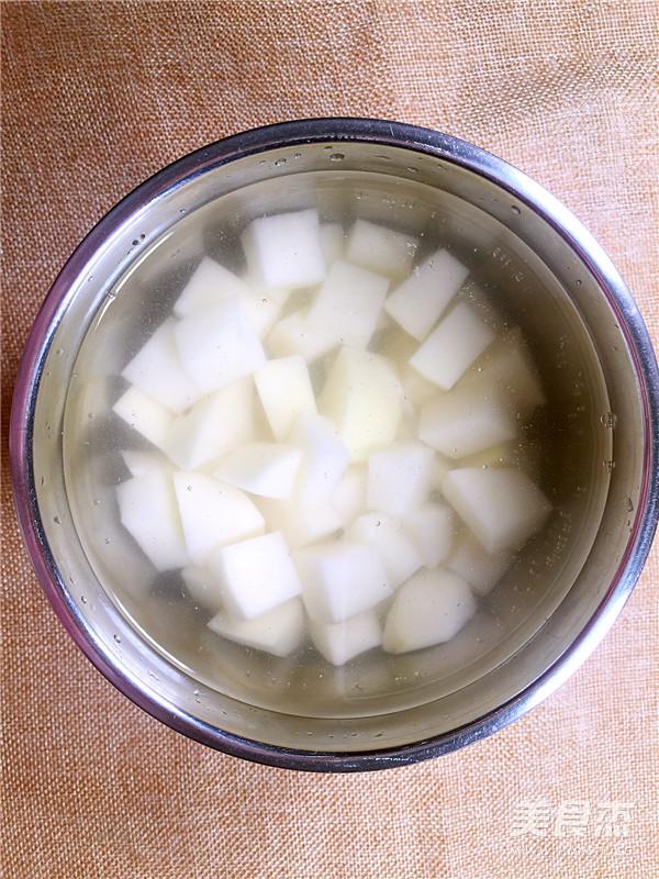 匈牙利Goulash(土豆炖牛肉)的家常做法