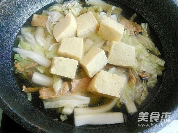 白菜炖冻豆腐怎样煸