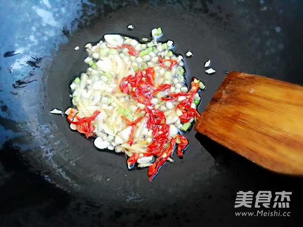 炒黄豆芽的简单做法
