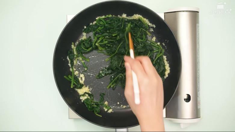 黄油菠菜的家常做法