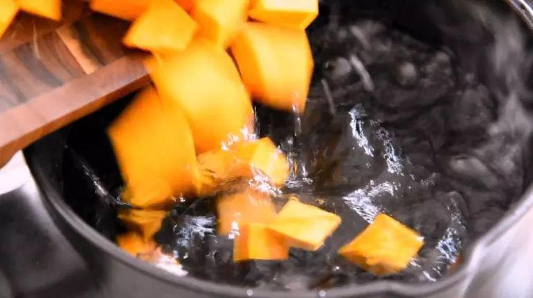 南瓜小米粥的家常做法