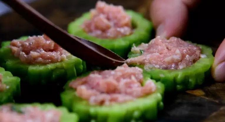 苦瓜酿肉的简单做法