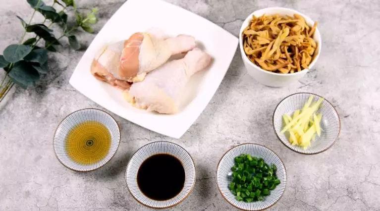 黄花菜蒸鸡的做法大全