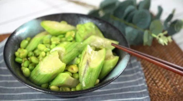 丝瓜炒毛豆怎么吃