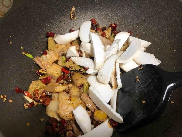 绝对正宗的麻辣干锅五花肉怎么做