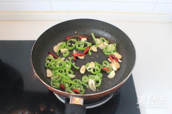 蚝油海鲜菇炒鸡丝怎么做