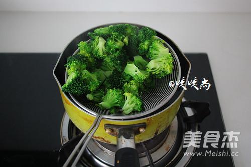 蚝油西兰花烧豆腐的简单做法