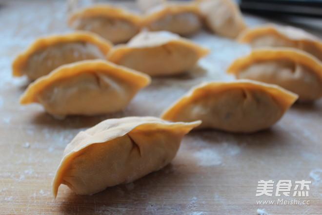 胡萝卜猪肉饺子怎样炒