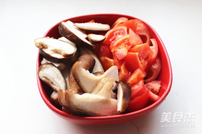 西红柿牛腩面怎么吃