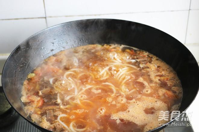 番茄牛肉米线怎么炖