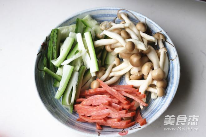 丝瓜蘑菇汤的做法大全