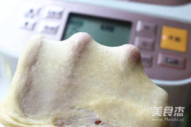 香酥粒紫薯麻花面包的简单做法