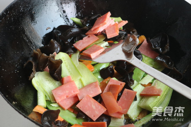 清炒荷兰豆怎么吃
