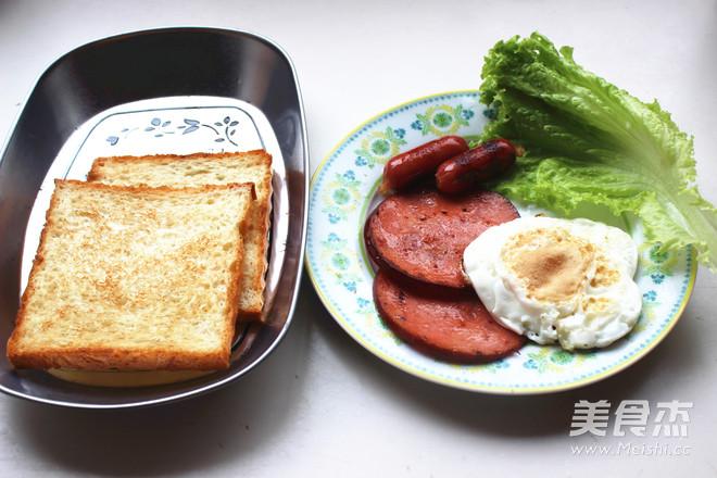 鸡蛋火腿三明治怎么煮
