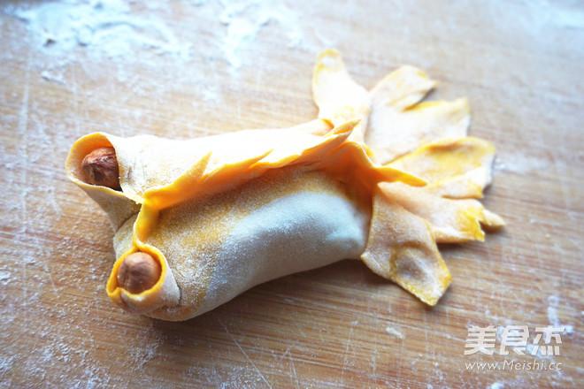 年年有余金鱼蒸饺怎样做