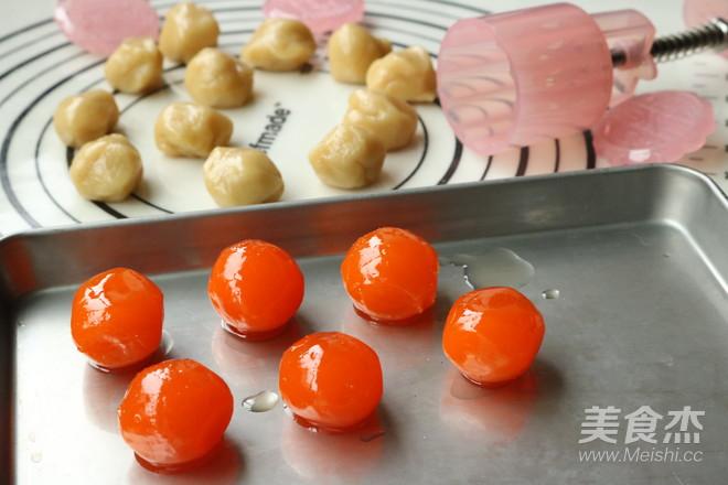 广式蛋黄月饼怎么做