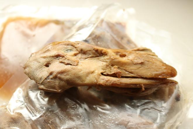 干锅鸭头的家常做法