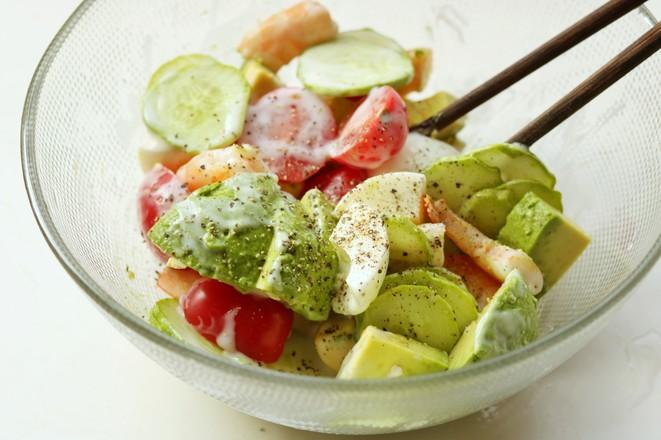 牛油果鲜虾沙拉怎么做