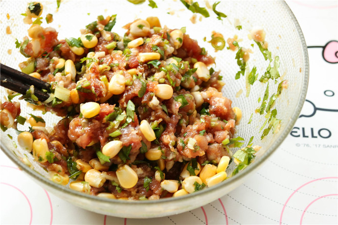猪肉玉米锅贴的简单做法