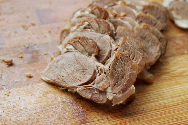 拌牛肉怎么吃