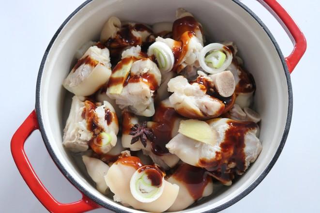 黄豆焖猪蹄的简单做法