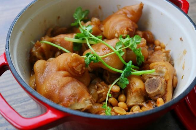 黄豆焖猪蹄怎么炒