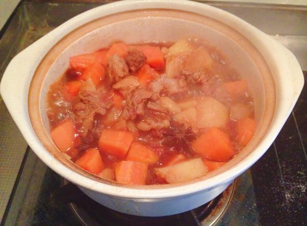 土豆胡萝卜炖牛腩怎么吃