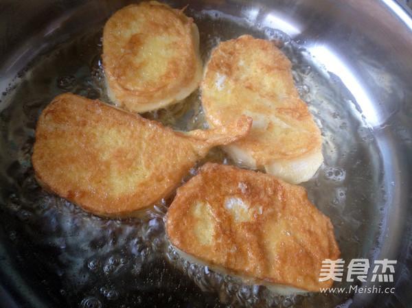 鸡蛋煎馒头片怎么炒