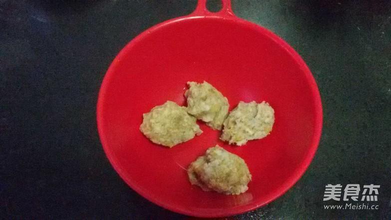 猪肉酸菜包子、蒸饺的家常做法