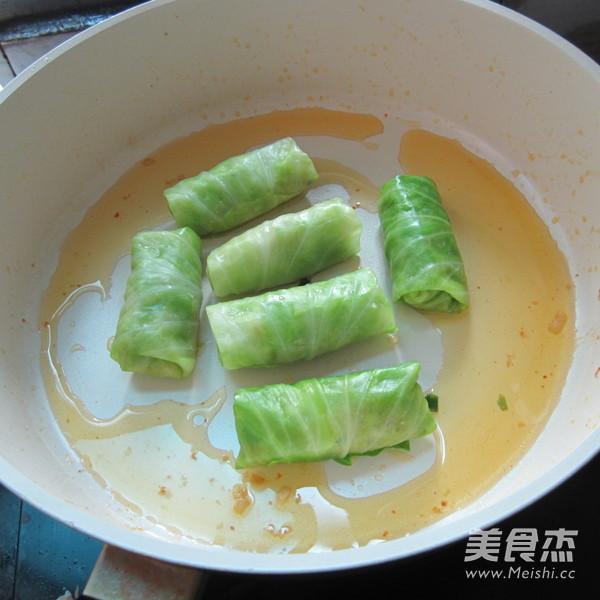 香煎翠绿包菜卷怎么炖