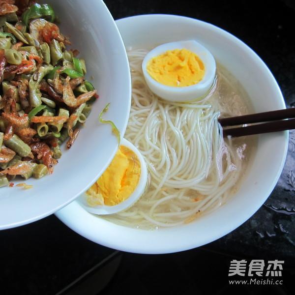 酸豆角虾米挂面怎样做