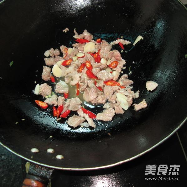 尖椒瘦肉的家常做法