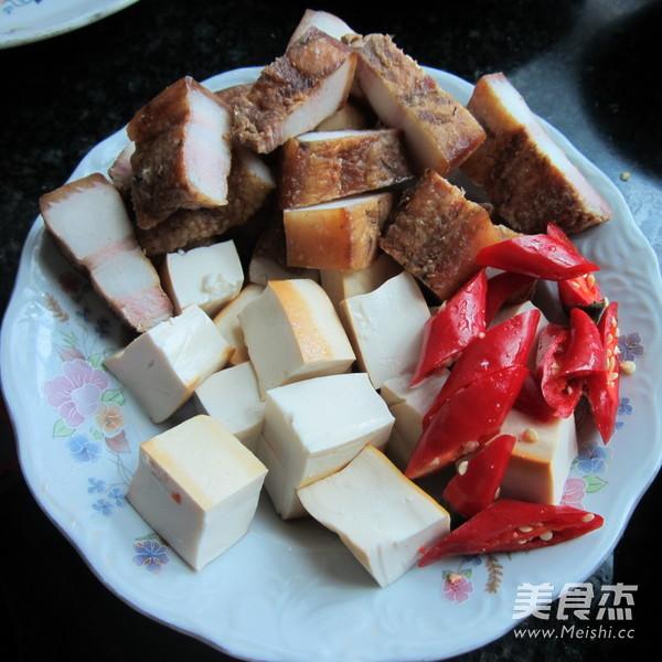 豆腐干烧腊肉的做法图解