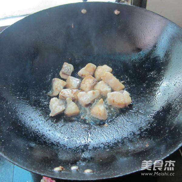 豆腐丁煮鱼的简单做法