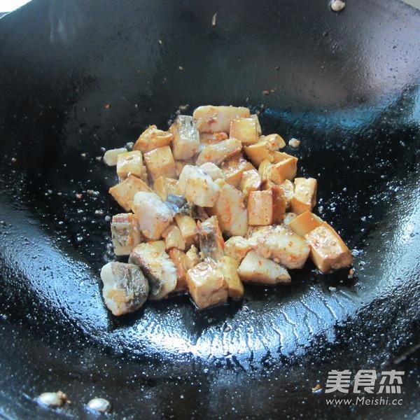 豆腐丁煮鱼怎么吃